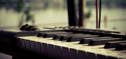 Mad World Piano Ringtone | www.RedRingtones.com