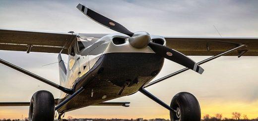 Small Aircraft Engine   www.RedRingtones.com
