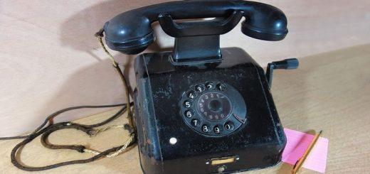 very old rotary phone ringing